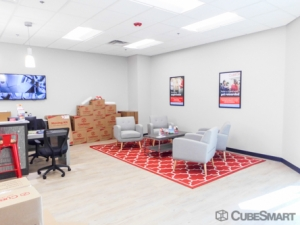 CubeSmart Self Storage - Lenexa - 11925 Santa Fe Trail Dr - Photo 6