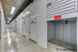 Image of CubeSmart Self Storage - Miami - 1100 Northeast 79th St Facility on 1100 Northeast 79th Street  in Miami, FL - View 4