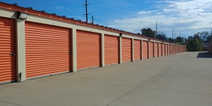 Iron Guard Storage - Lincoln - Photo 2