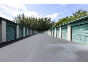 Extra Space Storage - Davie - W State Rd 84 - Photo 2