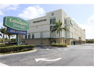 Extra Space Storage - Miami - SW 147th Ave