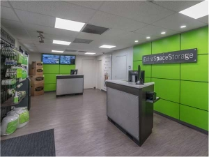 Image of Extra Space Storage - Pompano Beach - 31st Ave Facility on 800 Northwest 31st Avenue  in Pompano Beach, FL - View 4