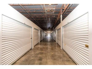 Extra Space Storage - Fairfield - Aronov Dr - Photo 2