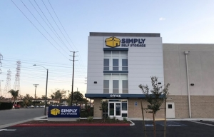 Simply Self Storage - Orange, CA - Glassell Street - Photo 2