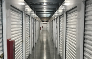 Simply Self Storage - Orange, CA - Glassell Street - Photo 4