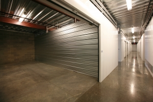 Simply Self Storage - Orange, CA - Glassell Street - Photo 5