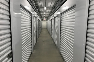 Simply Self Storage - Edwardsville, IL - Kettle River Dr - Photo 4