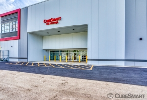 CubeSmart Self Storage - Jacksonville - 2004 Edison Ave - Photo 6