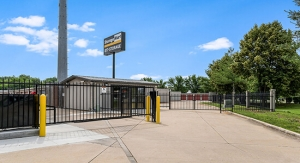 StorageMart - NW 94th St & Hickman Rd Facility at  2155 Northwest 94Th Street, Clive, IA