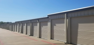 Five Star Storage - Van Alstyne - Photo 8