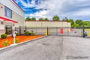 CubeSmart Self Storage - Rocky Hill - 1053 Cromwell Ave - Photo 6