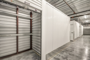 Space Shop Self Storage - Chamblee - Photo 5