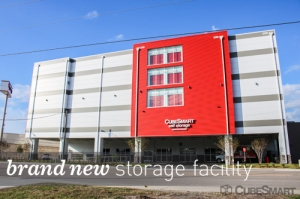 CubeSmart Self Storage - 3935 W Cypress St