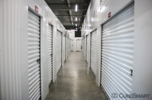 CubeSmart Self Storage - 3935 W Cypress St - Photo 2