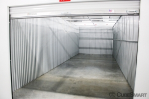 CubeSmart Self Storage - 3935 W Cypress St - Photo 5