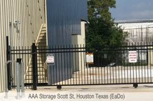 AAA Storage Scott St - Photo 4