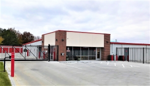 Big Red Self Storage - S 84th & Van Dorn St. Facility at  8270 Karl Ridge Road, Lincoln, NE