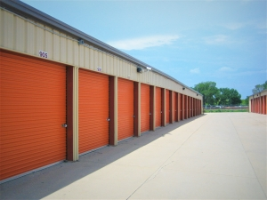 Image of Big Red Self Storage - 70th & Cornhusker Hwy Facility on 7001 Custer Street  in Lincoln, NE - View 2