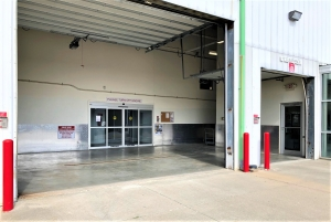 Image of Big Red Self Storage - 27th & Superior Facility on 4010 North 27Th Street  in Lincoln, NE - View 3