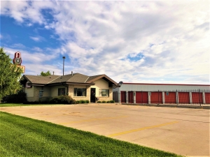 Big Red Self Storage - 540 N 46th St Facility at  540 North 46Th Street, Lincoln, NE