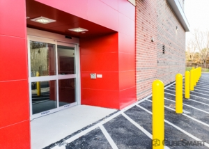 CubeSmart Self Storage - Ashburn - 45000 Russell Branch Pkwy - Photo 6