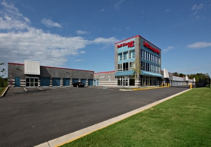 Self Storage Plus - Bristow - Photo 1