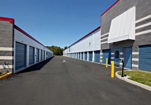 Self Storage Plus - Bristow - Photo 4
