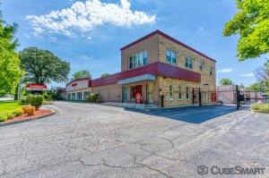 CubeSmart Self Storage - Glenview - 1775 Chestnut Ave Facility at  1775 Chestnut Avenue, Glenview, IL