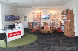 Image of CubeSmart Self Storage - Crestwood - 4501 W 135th St Facility on 4501 West 135th Street  in Crestwood, IL - View 3
