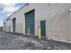 Extra Space Storage - Miami Gardens - 17531 NW 2nd Ave - Photo 2