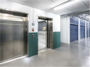 Image of Extra Space Storage - Tampa - W Cleveland St Facility on 2301 West Cleveland Street  in Tampa, FL - View 2