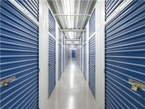 Image of Extra Space Storage - Tampa - W Cleveland St Facility on 2301 West Cleveland Street  in Tampa, FL - View 3
