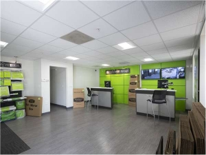 Image of Extra Space Storage - Tampa - W Cleveland St Facility on 2301 West Cleveland Street  in Tampa, FL - View 4