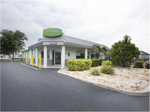 Extra Space Storage - Sarasota - Clark Rd