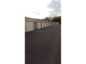 Extra Space Storage - Tampa - E Hillsborough Ave - Photo 2
