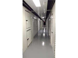 Extra Space Storage - Tampa - E Hillsborough Ave - Photo 3