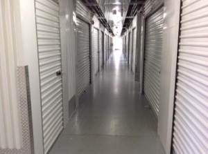 Life Storage - Orlando - 4650 South Semoran Boulevard - Photo 5