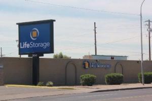 Life Storage - Phoenix - 3641 West Camelback Road - Photo 3