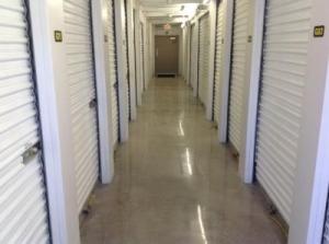 Life Storage - Phoenix - 3641 West Camelback Road - Photo 5