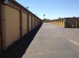 Life Storage - Phoenix - 3641 West Camelback Road - Photo 6
