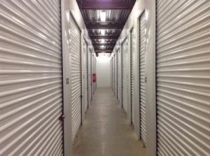 Life Storage - St. Louis - 4959 Manchester Avenue - Photo 6