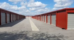 Superior Storage - Robinson Ave - Photo 4