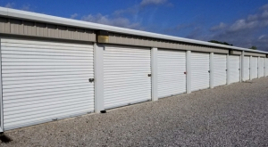 Superior Storage - Trafalgar Rd - Photo 3
