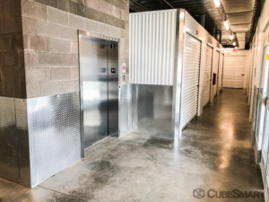 CubeSmart Self Storage - Phoenix - 2020 E Indian School Rd - Photo 3