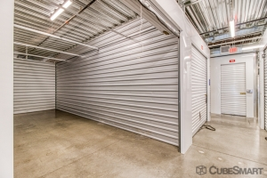 CubeSmart Self Storage - Phoenix - 2020 E Indian School Rd - Photo 4