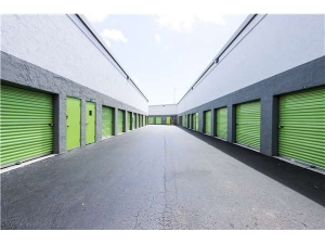 Extra Space Storage - North Lauderdale - So State Rd - Photo 2