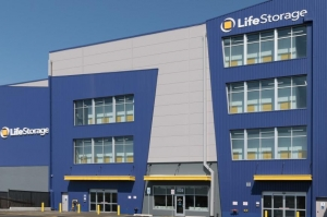 Image of Life Storage - Bronx - 4139 Boston Road Facility on 4139 Boston Road  in Bronx, NY - View 4