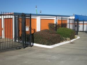 Sentry Storage - Madison - Photo 4
