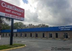 CubeSmart Self Storage - Lakeland - 3345 E Memorial Blvd Facility at  3345 US-92 E, Lakeland, FL