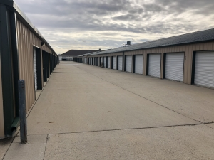 Five Star Storage - 40th Avenue - Photo 4